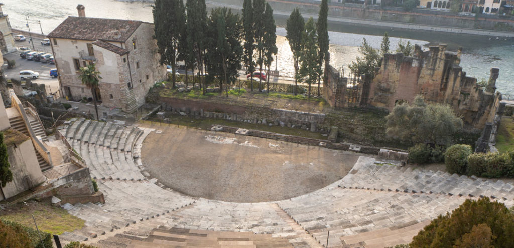 Summer Theater Festival: Verona raises the curtain of the Roman Theater